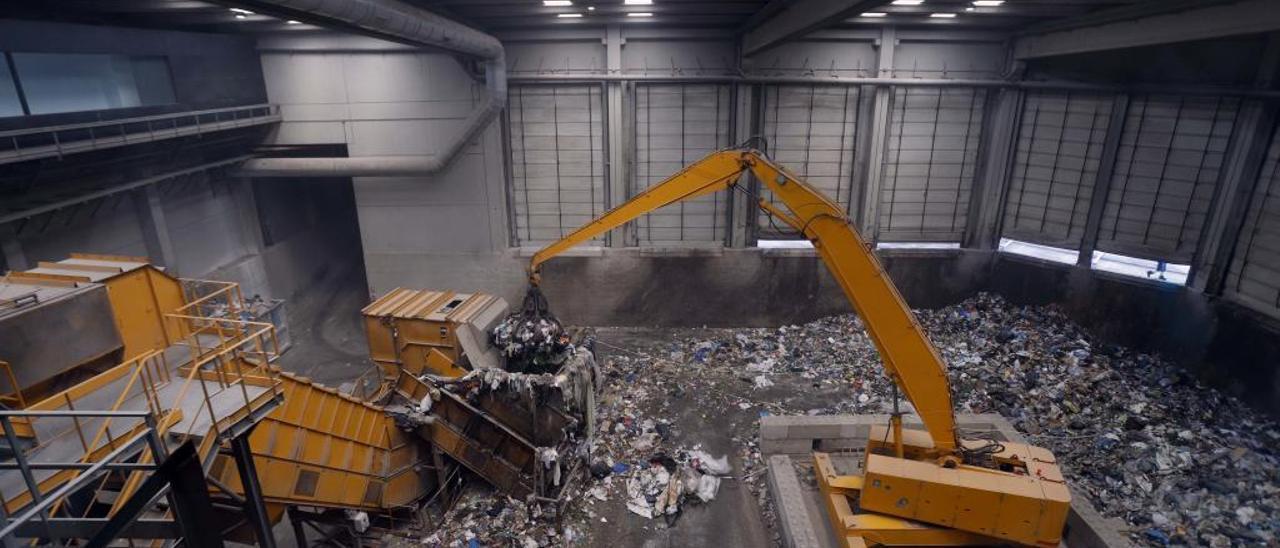 La selección de basura orgánica en Alzira no sirve para nada