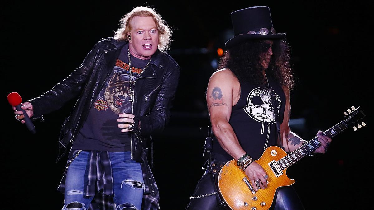 Guns N & # 039;  Roses, during a concert.