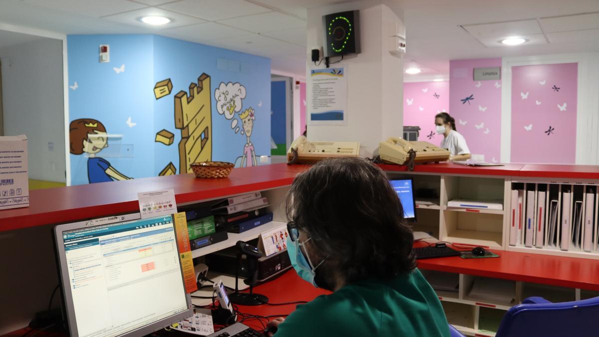 Sonómetro instalado en la unidad de Oncohematología pediátrica