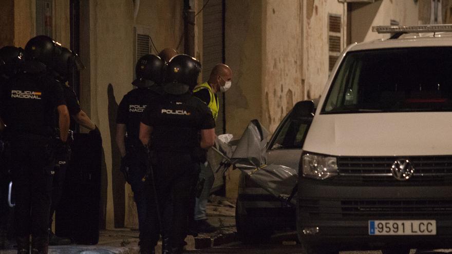 La Policía investiga  si tras el asesinato  de Manises hay una venganza por drogas