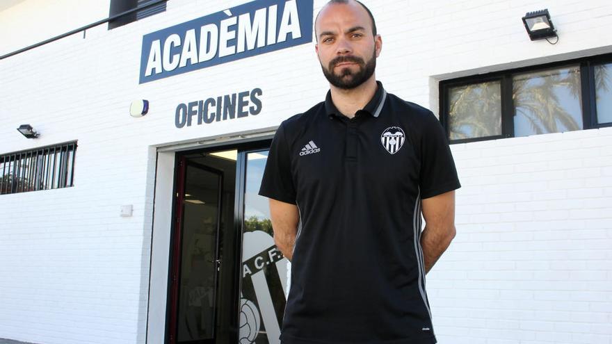El director de la Academia VCF, cesado