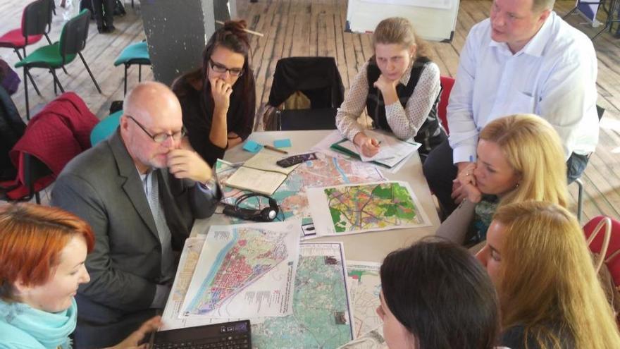 El profesor Vicente Iborra, consultor internacional para un proyecto en Bielorrusia