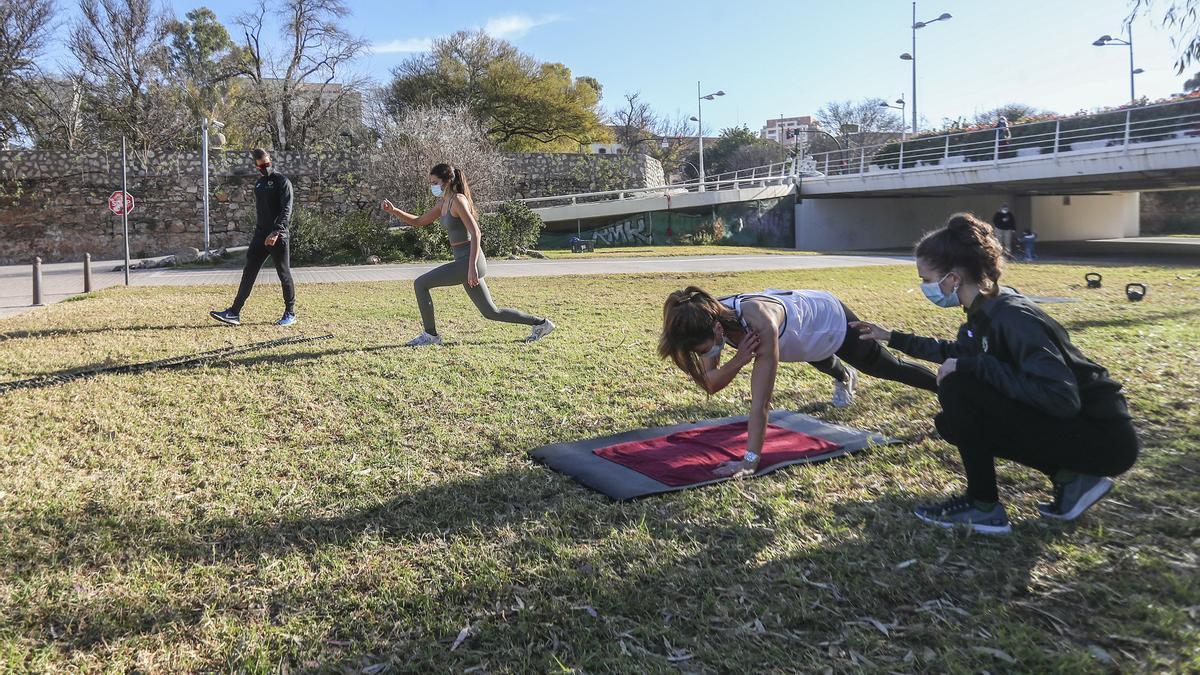 Los gimnasios abrirán en València el lunes a un tercio del aforo