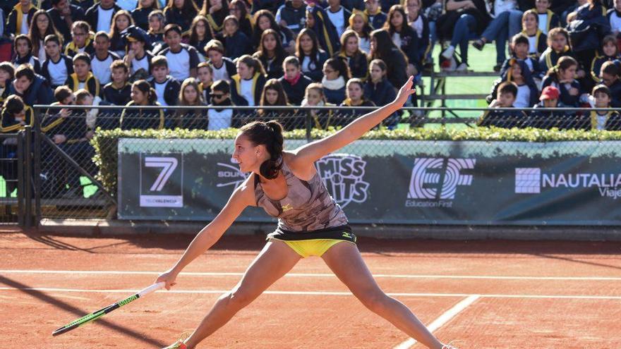 La favorita Hercog, baja en el torneo BBVA de tenis por una lesión