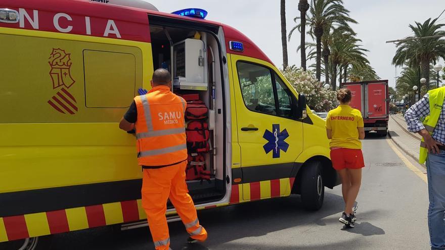 Herida con politraumatismos tras ser golpeada por el tranvía en la playa del Postiguet de Alicante