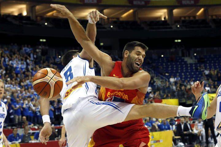 Imágenes del partido entre Islandia y España en la cuarta jornada del Eurobasket