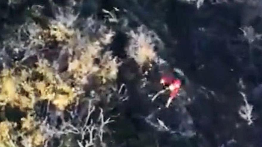 Un senderista atascado en un barranco de Tejeda sale gracias a un helicóptero