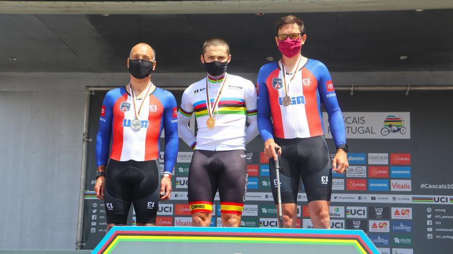 Joan Reinoso gana el oro en la crono del Mundial de ciclismo adaptado
