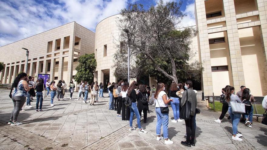 Las tasas universitarias en Canarias se mantendrán sin variación durante este curso