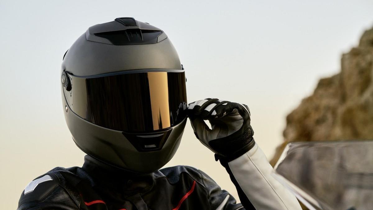 Viajar dos personas en moto está permitido tanto en Fase 1 como en Fase 0