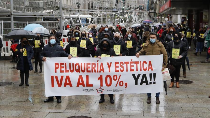 Manifestación del sector de peluquerías para pedir la reducción del IVA
