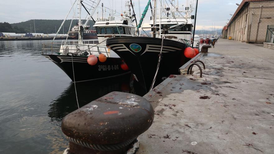 """Los pescadores denuncian la """"mala planificación sanitaria"""" en alta mar"""
