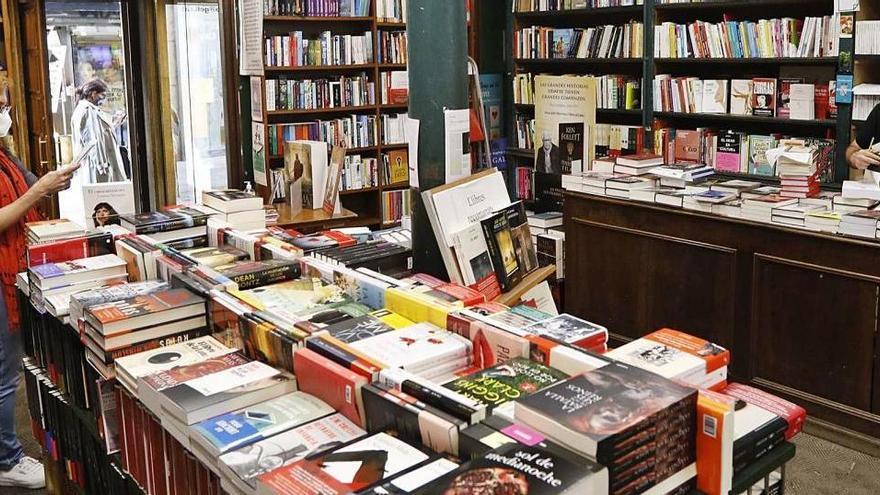 David contra Goliat: les llibreries planten cara al comerç electrònic