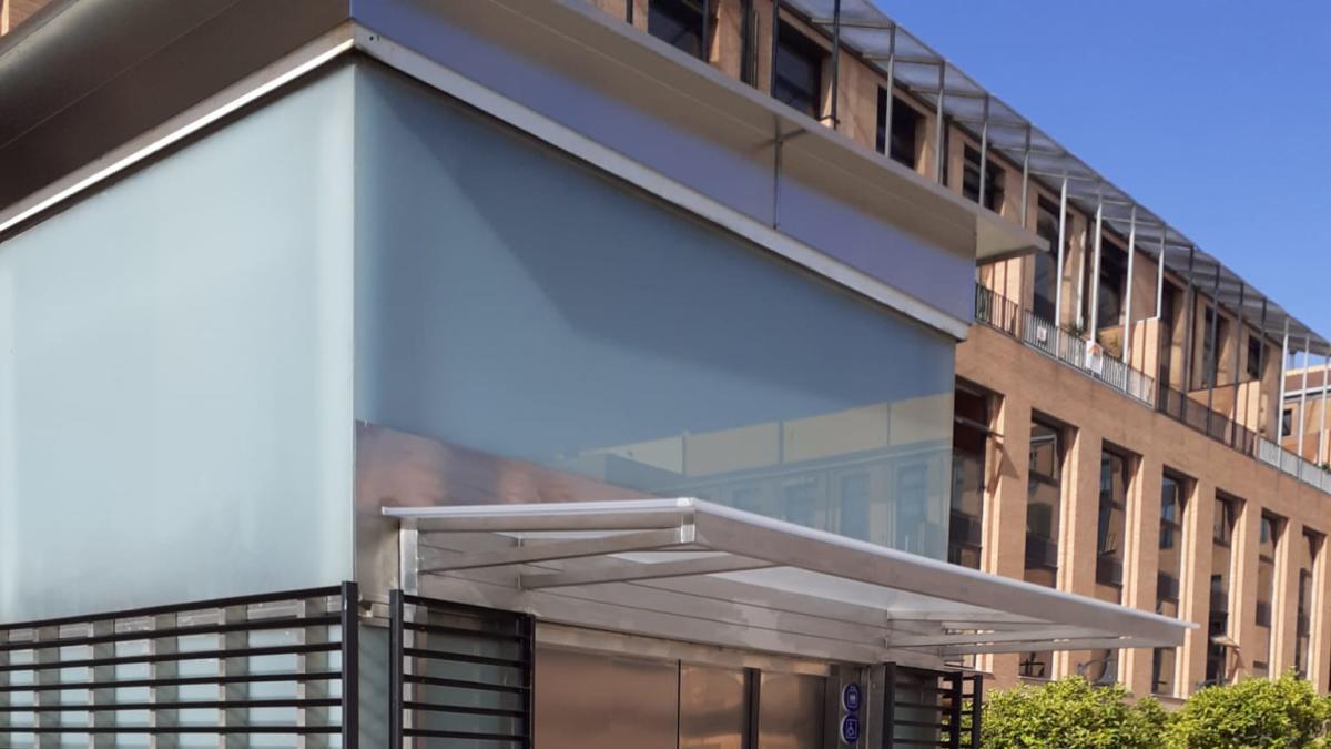 El ascensor del parking municipal de Catarroja vuelve a estar operativo
