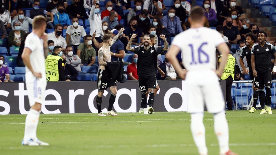 El Sheriff sorprende al Real Madrid e impone su ley en el Bernabéu