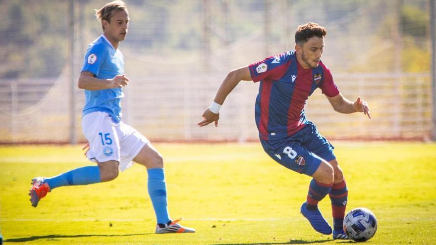 La UD Ibiza de Carcedo empieza con triunfo ante el Atlético Levante