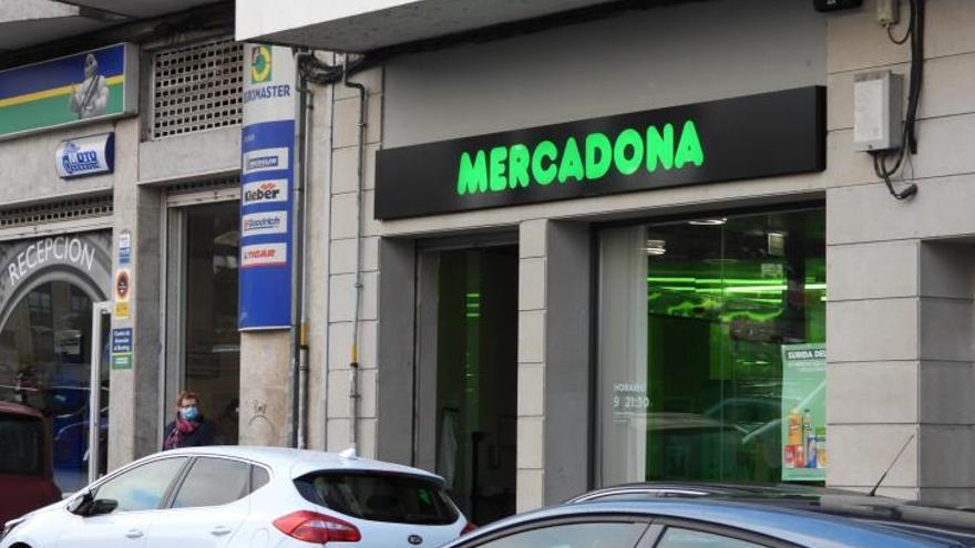 Vetados tres años en Mercadona tras robar güisqui en cuatro tiendas en Galicia