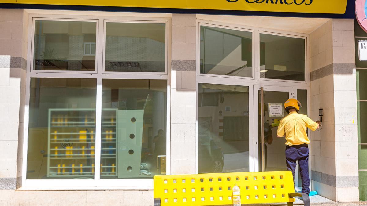 Una oficina de Correos en Benidorm.