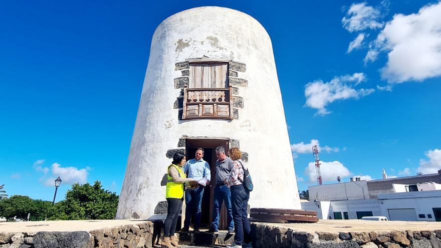 Comienza la rehabilitación del antiguo molino de viento de Teguise