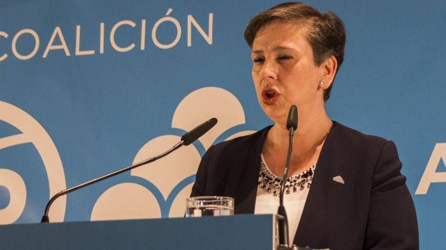"""""""Quiere dejar Asturias devastada"""", dice la senadora de Foro a Pedro Sánchez"""