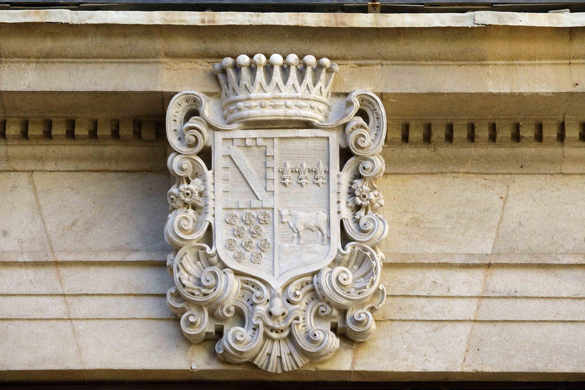 Los escudos nobiliarios de la ciudad de València