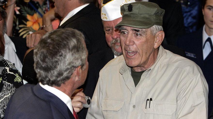 """""""¡Más alto, margaritos!"""": cuando el sargento de """"La chaqueta metálica"""" habló en asturiano"""