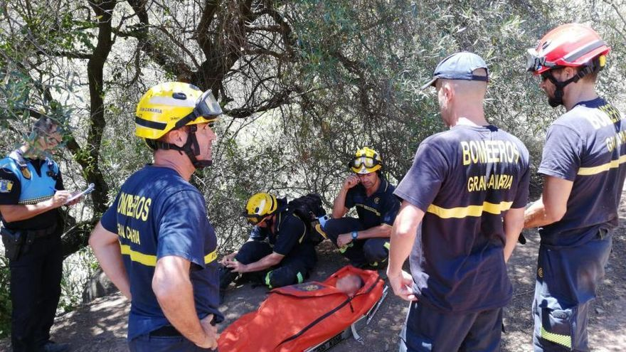 Rescatado un senderista tras caer en el barranco de los Cernícalos
