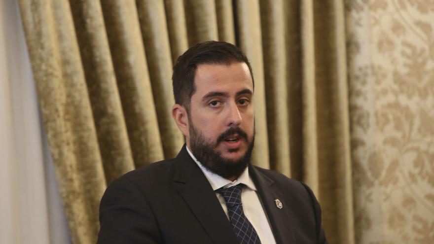 """El portavoz del grupo municipal de Vox en Alicante llama """"HDP"""" al presidente del Gobierno"""
