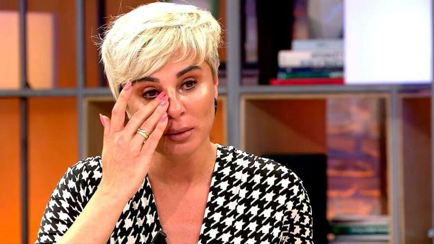 Ana María Aldón afirma entre lágrimas que Ortega Cano sigue enamorado de Rocío Jurado
