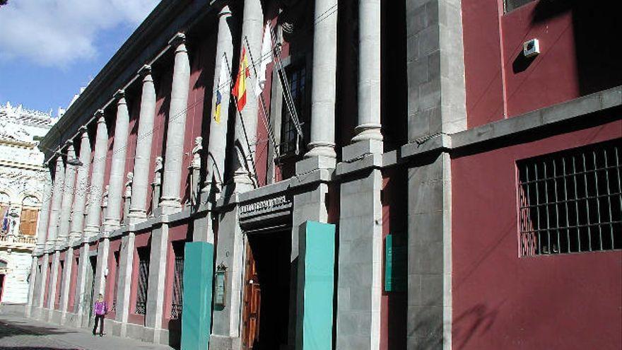 Domínguez, Millares, Chillida y de Vera comparten sala en Santa Cruz