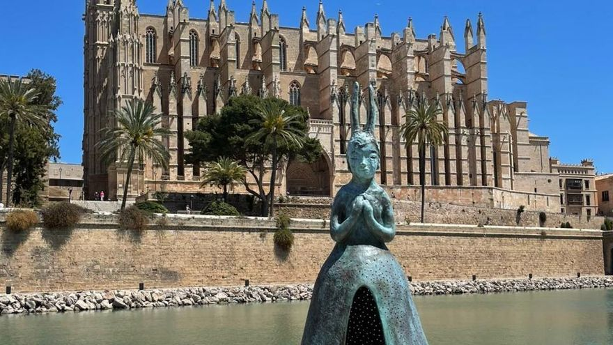 Palma de Mallorca bekommt eine japanische Kaninchen-Madonna