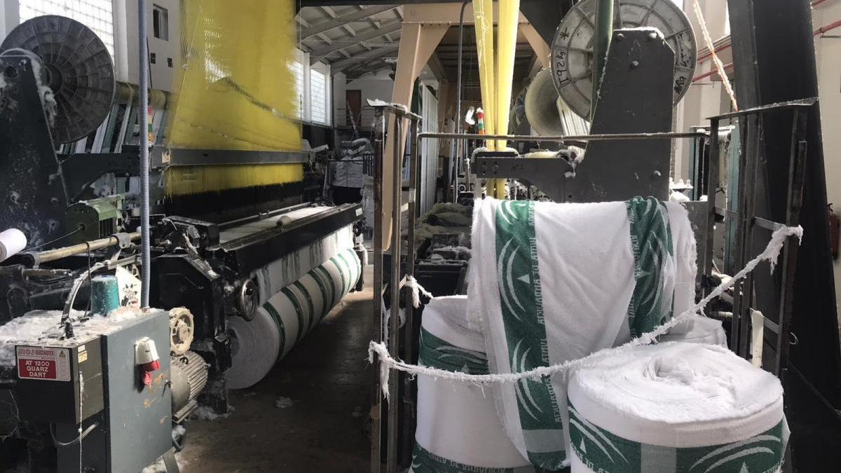La Agencia Idea subvenciona la puesta en marcha de una firma textil en Baena