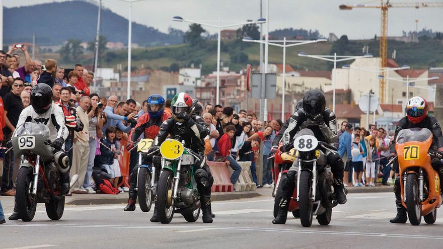 Las motos que marcaron época en Avilés