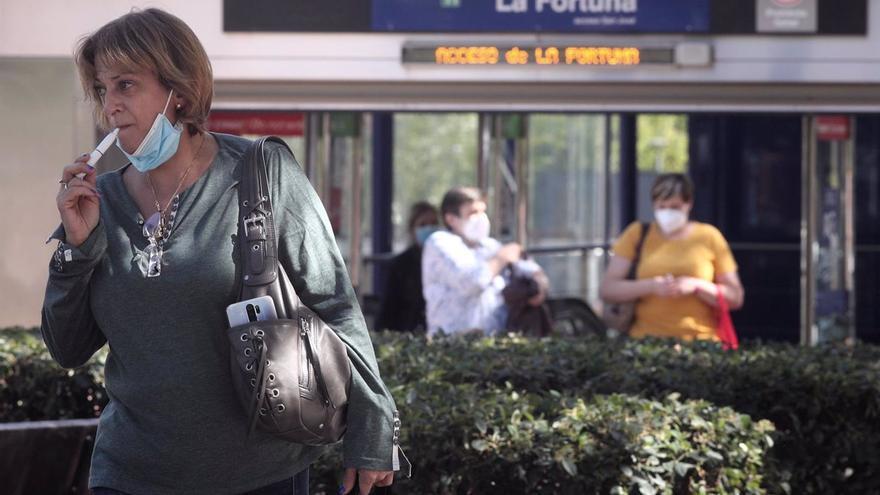 La OMS pide regular el consumo de los cigarrillos electrónicos