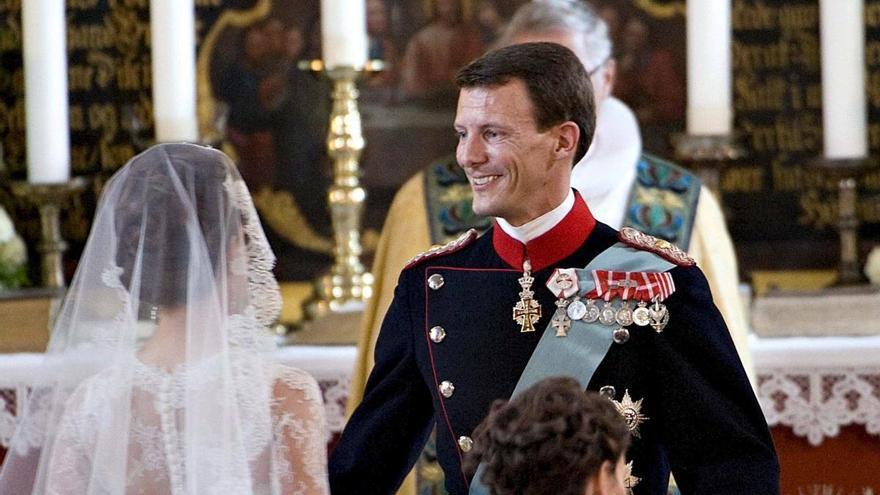 El príncipe Joaquín de Dinamarca, operado de un coágulo cerebral