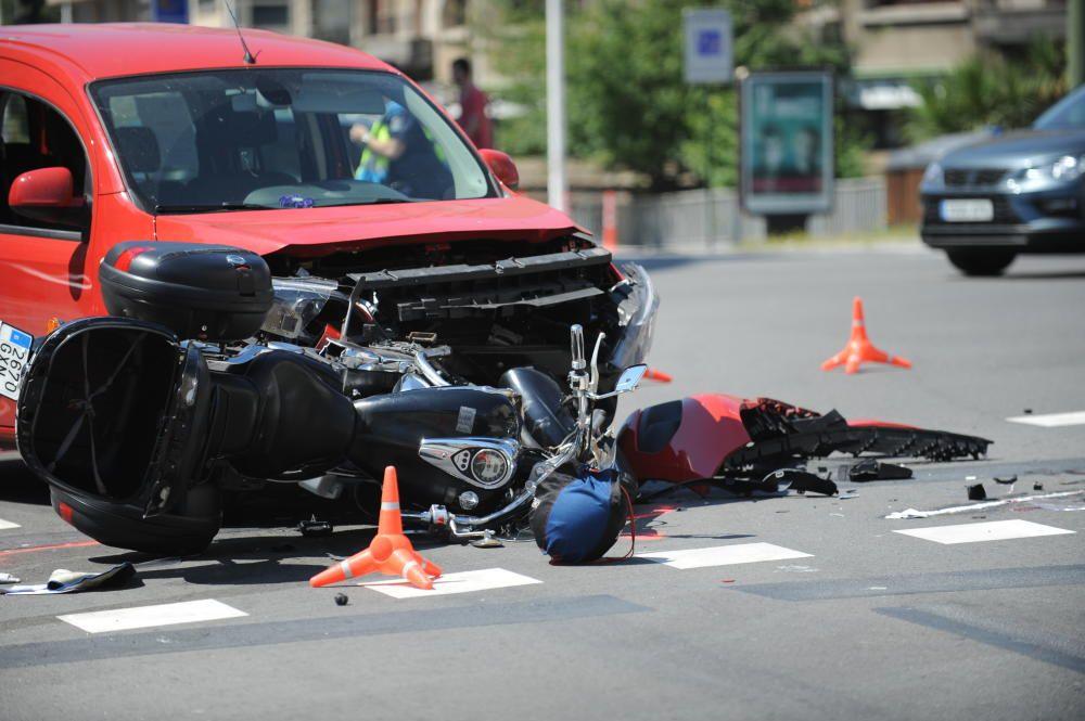 Al menos un herido grave en accidente en A Coruña