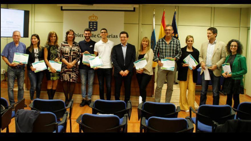 Educación premia los proyectos de FP más emprendedores de Canarias