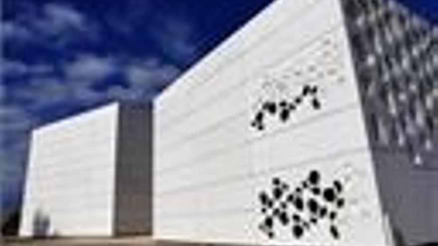 """""""Inquietud y malestar"""" ante el futuro del C3A entre las asociaciones de arte contemporáneo andaluzas"""
