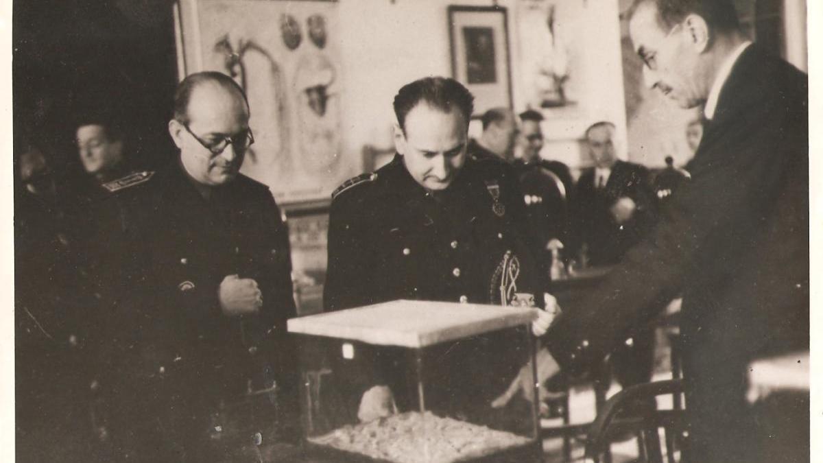 1944, dos ministros de visita