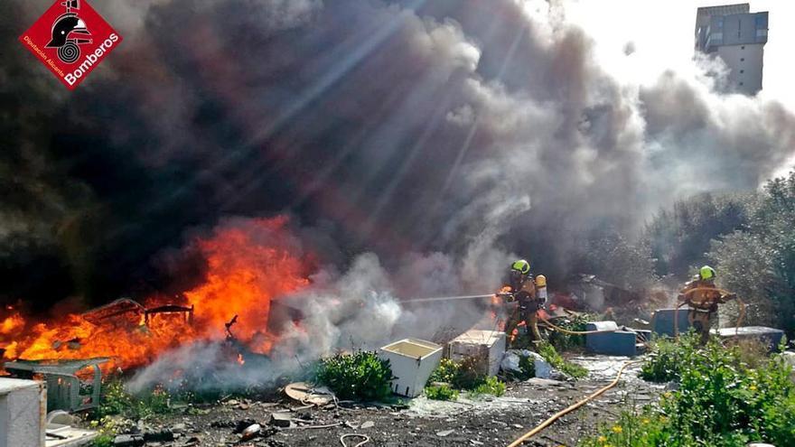 Incendio en Benidorm: otro fuego pone en alerta a la partida de Armanello