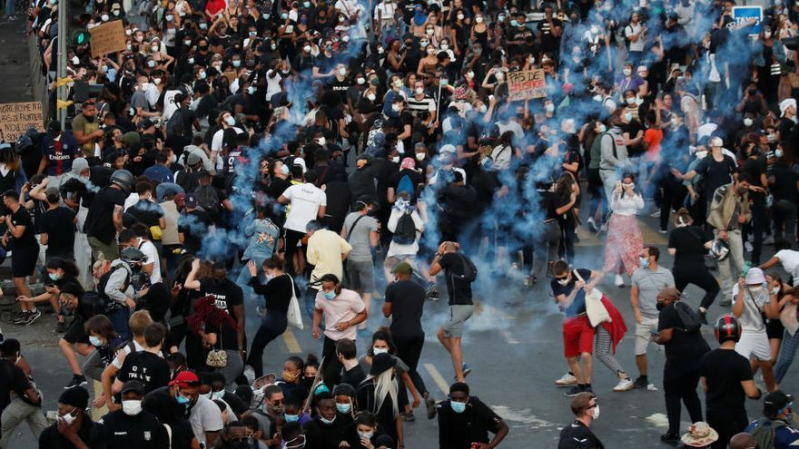 Las protestas de EEUU se trasladan a París