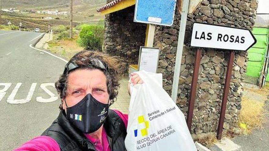 Un bono de guagua y una bolsa: los 'útiles' para estudiar residuos en Canarias