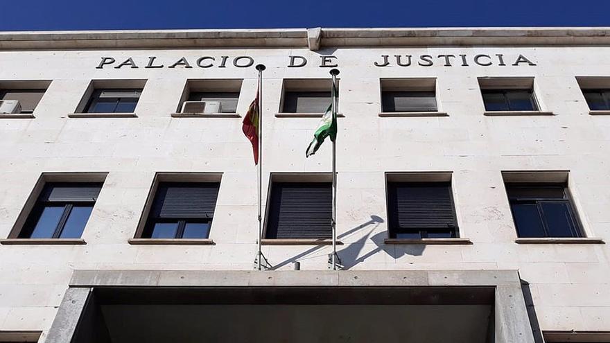Condenado a 13 años por cortar los frenos de los coches de su exmujer y de una amiga de esta en Almería