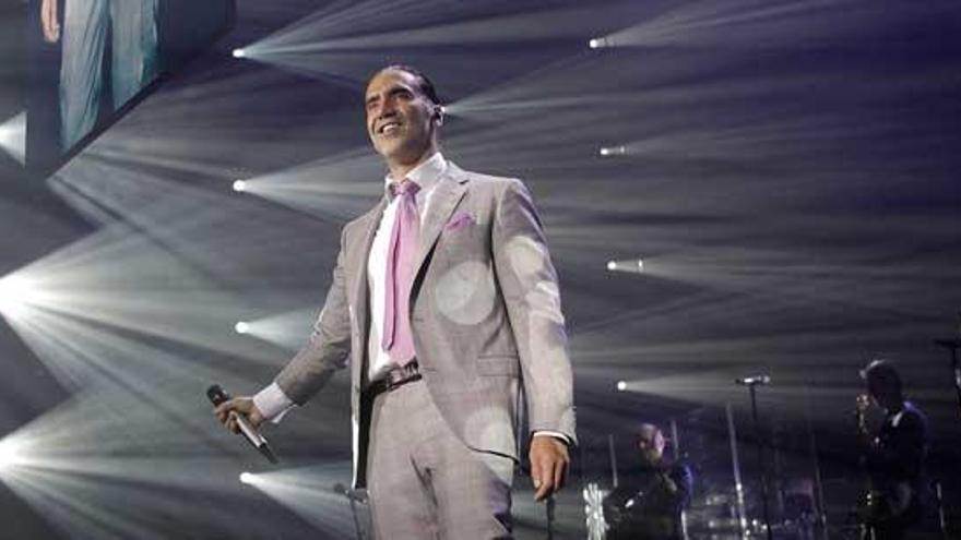 Alejandro Fernández aplaza a 2021 su concierto en A Coruña