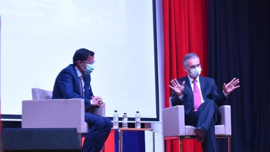 Quintana y Gallardo presentan el proyecto de fusión en sociedad