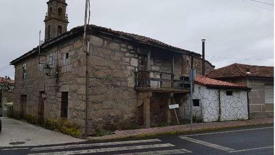 El Concello de Taboadela compra la casa rectoral