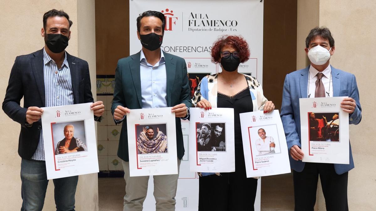 Intervinientes en la presentación del Aula de Flamenco en la Diputación de Badajoz.