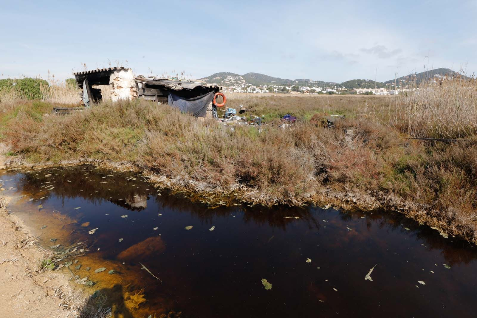 La gestión y las inversiones en ses Feixes de Ibiza siguen paradas más de un año después