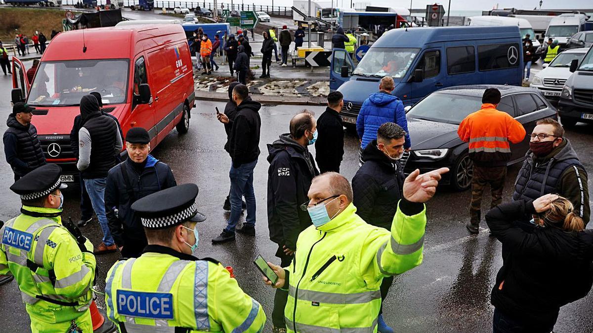 Activitat al port de Dover el passat desembre. | REUTERS