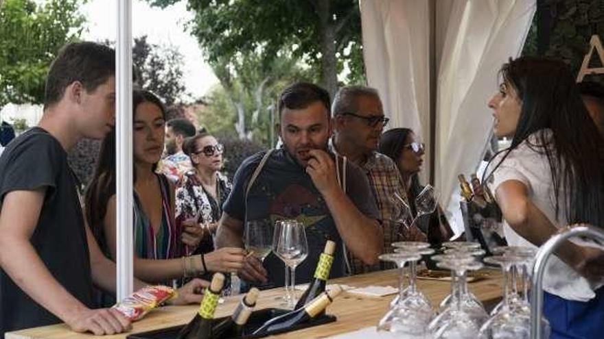 La Feira do Viño de Monterrei rinde homenaje a Atanes Payo